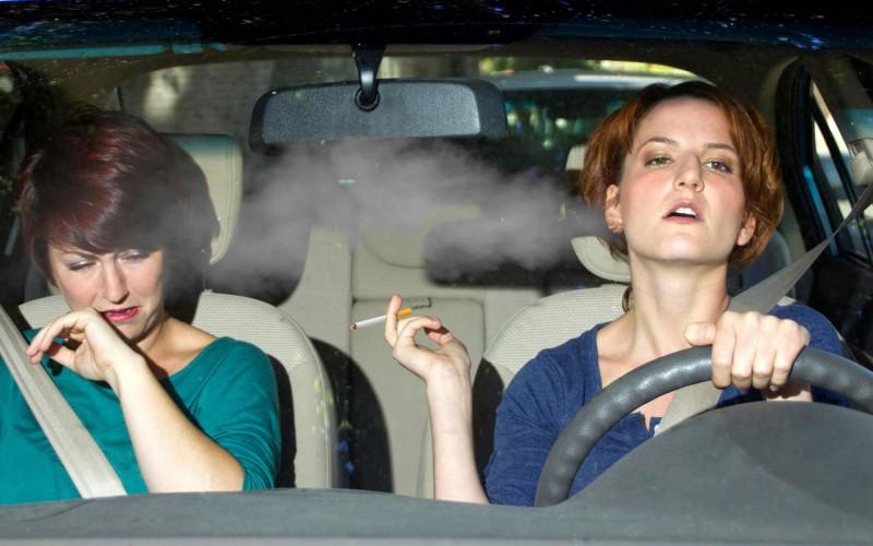 Kako ukloniti miris duvanskog dima iz vozila