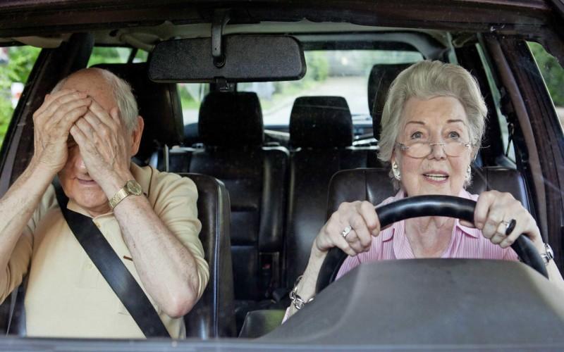 15 saveta šta ne treba raditi za vreme vožnje
